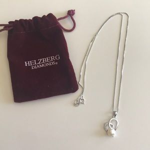New! Helzberg Diamonds Pearl Silver Necklace 18 in